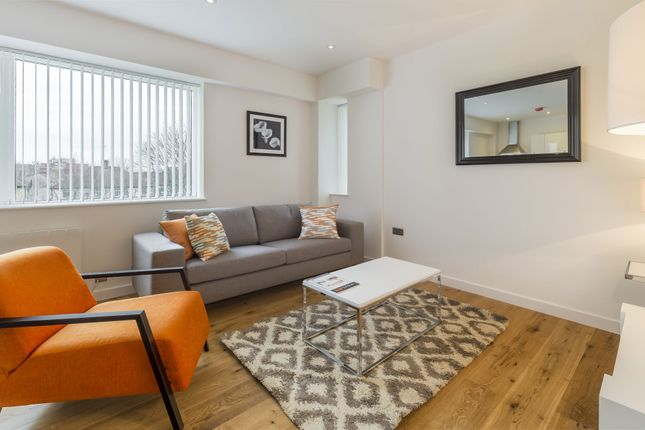 Thumbnail Flat to rent in Waterside, Union House, 23 Clayton Road, Hayes, Middlesex