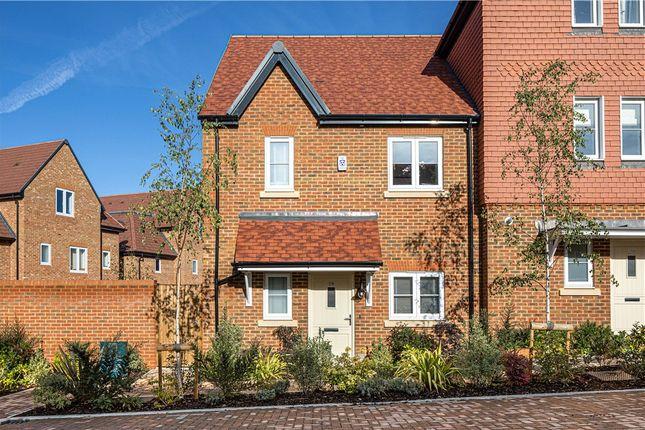 Thumbnail End terrace house for sale in Woodhurst Park, Warfield, Berkshire