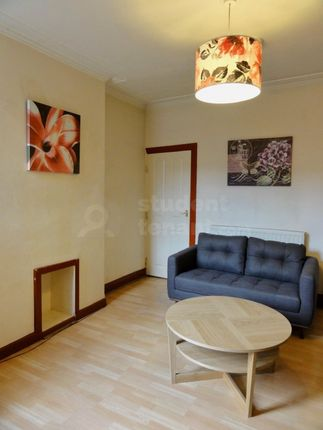 Thumbnail Shared accommodation to rent in Wayland Road, Sheffield, South Yorkshire