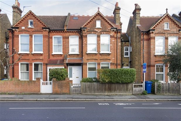 Thumbnail Property to rent in Croxted Road, London