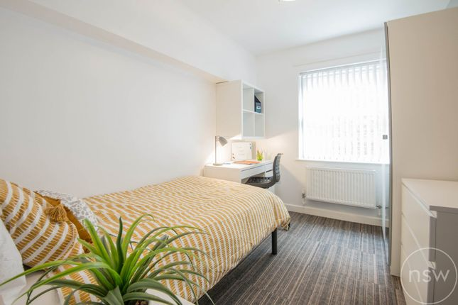 Thumbnail Flat to rent in St. Helens Road, Ormskirk