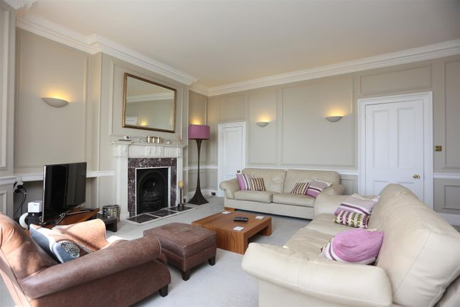 Thumbnail Flat to rent in Courtenay Terrace, Hove