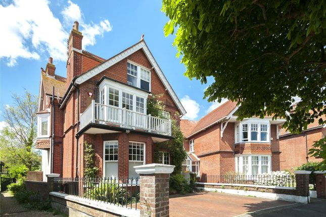 Thumbnail Detached house for sale in Pembroke Crescent, Hove, East Sussex