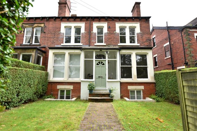 Thumbnail Flat for sale in Shaftesbury Avenue, Roundhay, Leeds