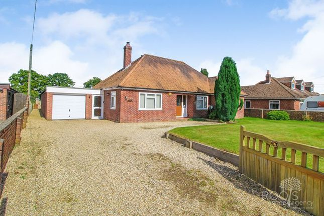 Thumbnail Detached bungalow for sale in Broad Lane, Upper Bucklebury, Reading