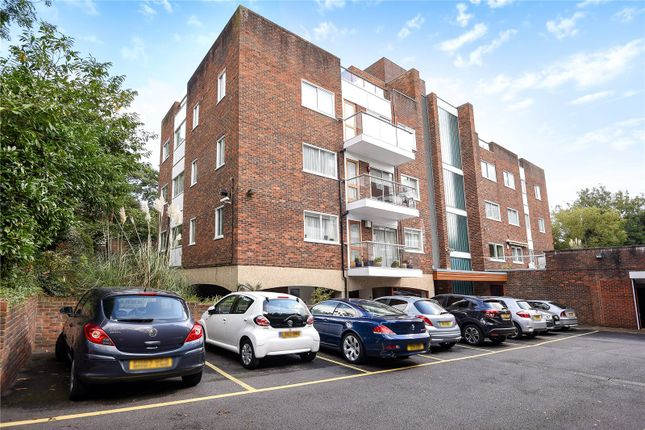 Thumbnail Flat for sale in Oak Lodge Close, Stanmore, Middlesex