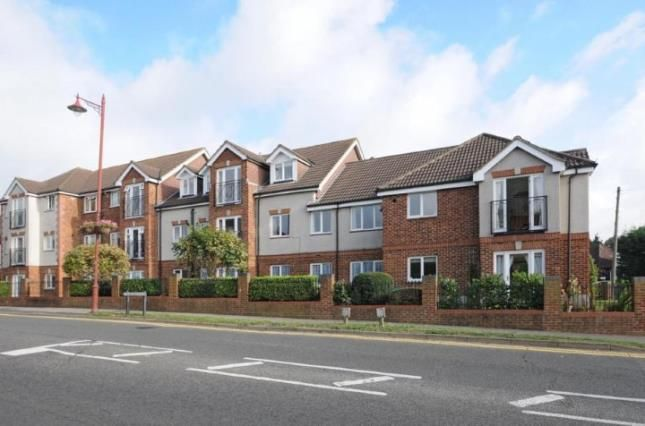 Thumbnail Flat for sale in 1 Broadway Road, Lightwater, Surrey