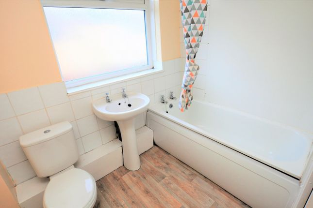 Bathroom of Hotspur Street, Heaton, Newcastle Upon Tyne NE6
