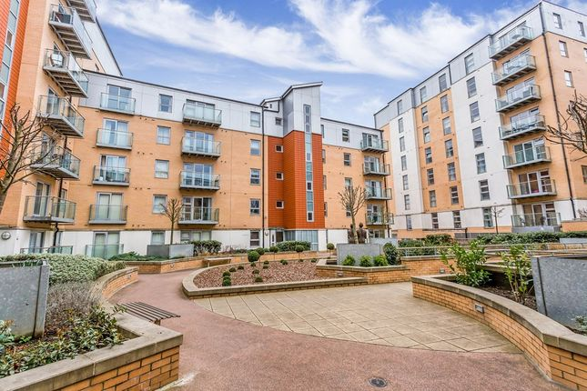 1 bed flat to rent in Queen Mary Avenue, London E18