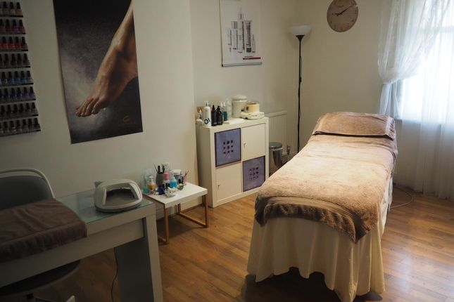 Photo 1 of Beauty, Therapy & Tanning HG2, North Yorkshire