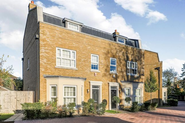 4 bed semi-detached house to rent in Lendy Place, Sunbury-On-Thames TW16