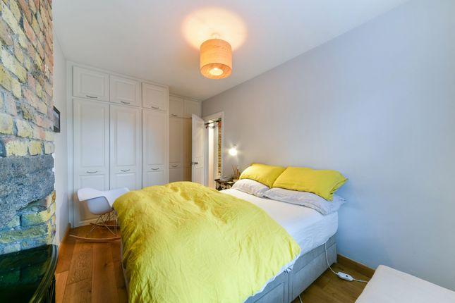 Bedroom of Arcadia Court, Old Castle Street, Aldgate E1