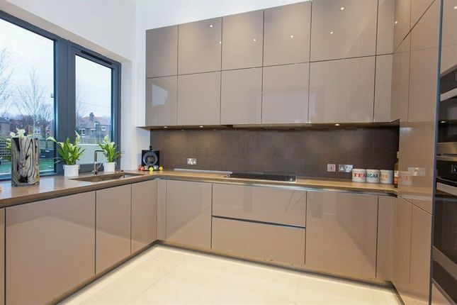 Thumbnail Property to rent in Gunnersbury Mews, The Crescent, Chiswick