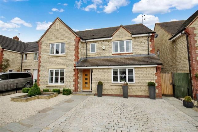 Thumbnail Detached house for sale in Heigham Court, Stanford In The Vale, Oxfordshire