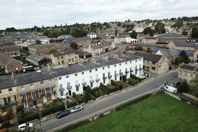 Thumbnail Terraced house for sale in Rutland Terrace, Stamford