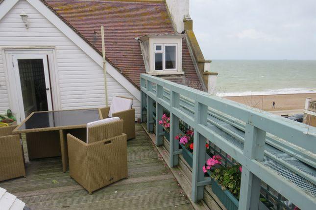 1 bed flat for sale in Esplanade, Seaford BN25
