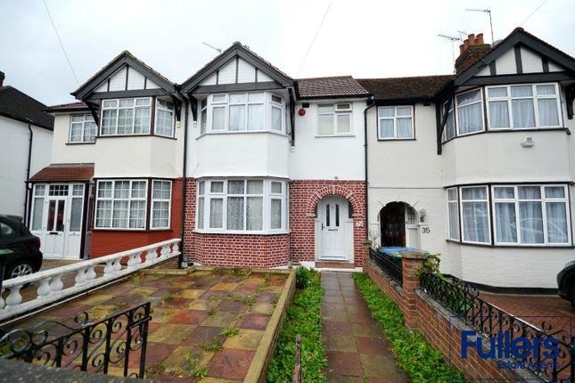 Thumbnail Terraced house to rent in The Larches, Palmers Green