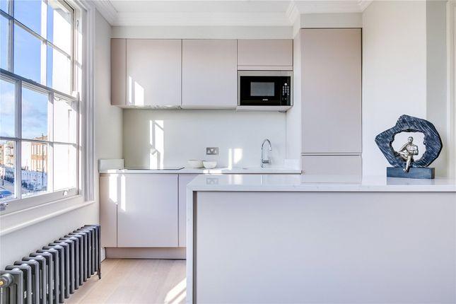 Flat to rent in Cloudesley Road, Islington, London