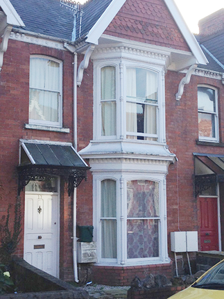 Flat to rent in 17, Beechwood Road, Uplands. Swansea.