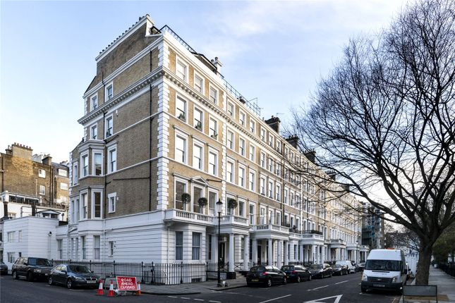 Thumbnail Flat for sale in Southwell Gardens, London