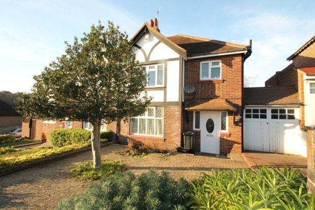 Thumbnail Semi-detached house to rent in Queen Victoria Avenue, Hove