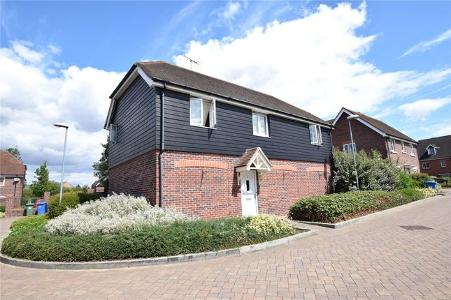 Thumbnail Property to rent in Pipit Green, Bracknell, Berkshire