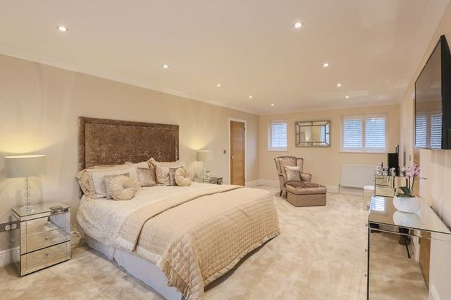Master Bedroom of Stamford Road, Kirby Muxloe, Leicester LE9