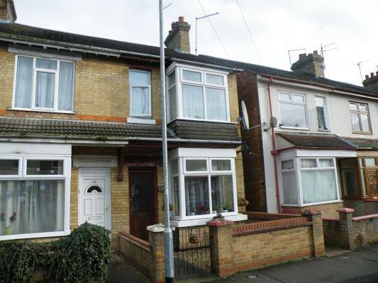 Thumbnail Terraced house to rent in Belsize Avenue, Woodston, Peterborough