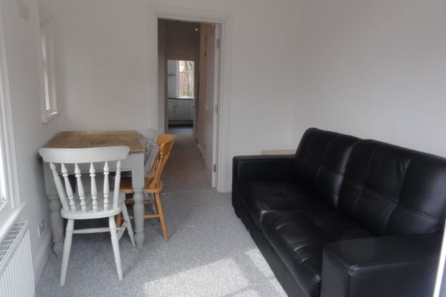 Thumbnail Shared accommodation to rent in 627A Ecclesall Road, Sheffield