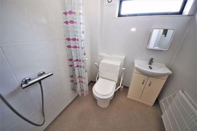 Wet Room/WC of Milrig Close, Moorside, Sunderland SR3