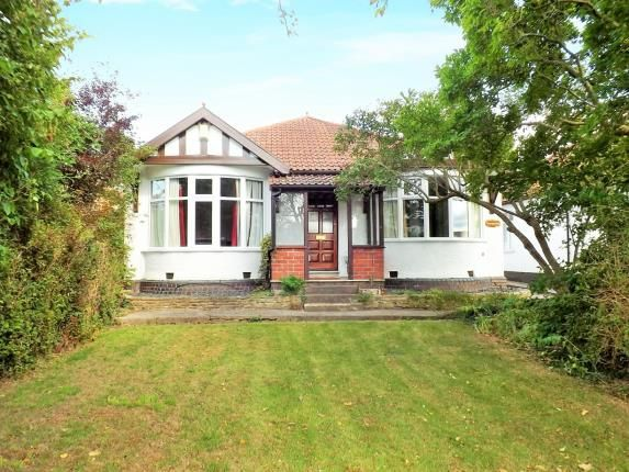 Thumbnail Bungalow for sale in Gloucester Road North, Filton Park, Bristol