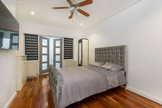 Thumbnail Property to rent in East Acton, East Acton, London