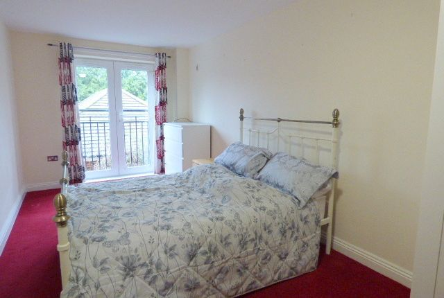 Thumbnail Shared accommodation to rent in Magpie Lane, Eastleigh