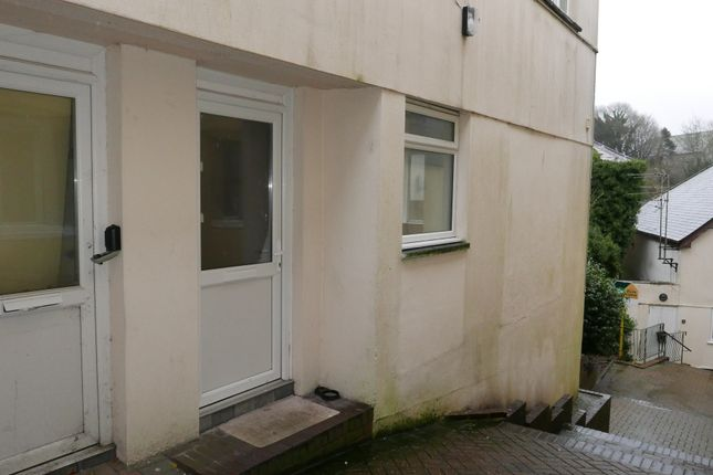 Thumbnail Flat to rent in Bay Tree Hill, Liskeard, Cornwall
