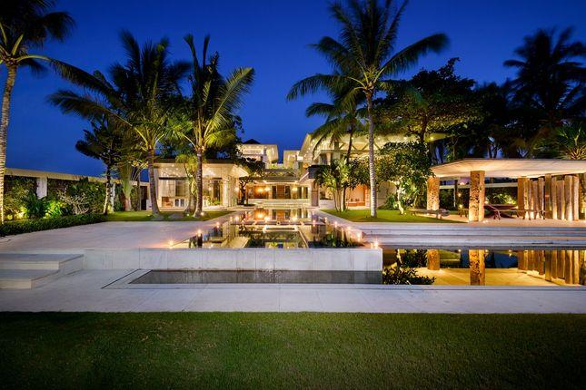 Thumbnail Villa for sale in Luxurious Villa In Tabanan, Bali, Villa Vedas, Indonesia