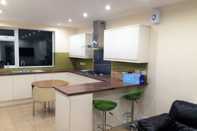 Thumbnail Shared accommodation to rent in Garstang Road, Preston, Lancashire
