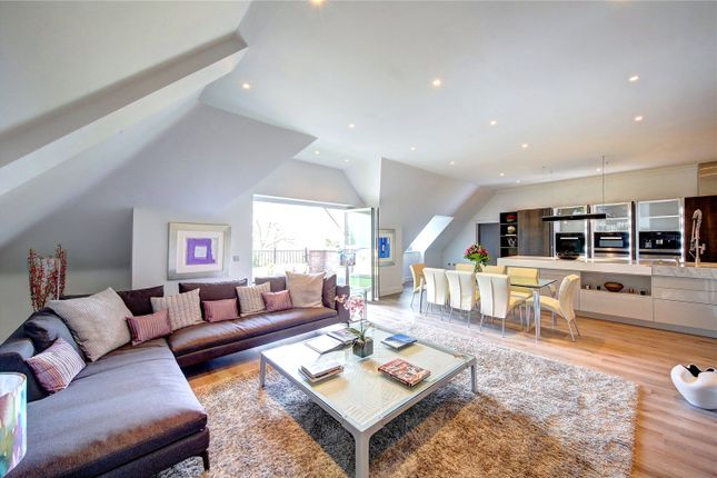 Thumbnail Flat for sale in Powell House, 96 Wimbledon Hill Road, London