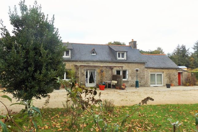 Thumbnail Detached house for sale in 22720 Plésidy, Côtes-D'armor, Brittany, France