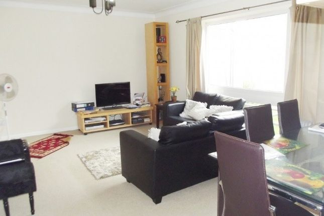 Thumbnail Flat to rent in Thorne House, Fallowfield, Manchester