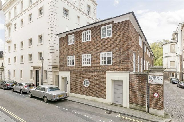 Thumbnail Property for sale in Catherine Wheel Yard, London