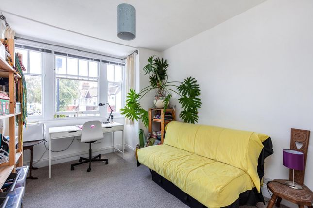 Bedroom of Riverview Grove, Chiswick W4