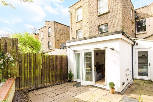 Thumbnail Flat for sale in Medora Road, Brixton Hill