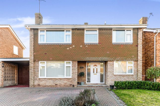 Thumbnail Detached house for sale in Lime Grove, Royston