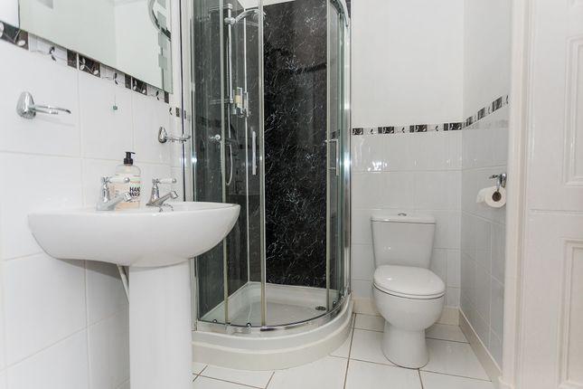 En-Suite Shower Room (Bedroom 3)