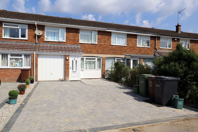 Thumbnail Property to rent in Lea Walk, Harpenden
