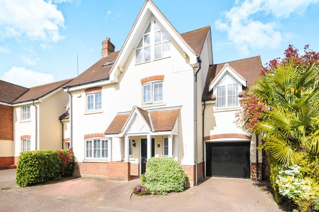 Thumbnail Detached house for sale in Ridings Avenue, Great Notley, Braintree