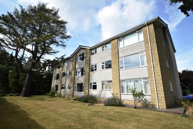 Thumbnail Flat for sale in Grove Road, Coombe Dingle, Bristol