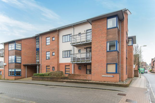 Thumbnail Flat to rent in Silchester Place, Winchester