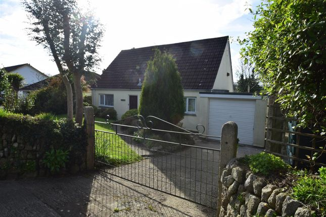 Thumbnail Detached bungalow to rent in Herland Road, Godolphin Cross, Helston