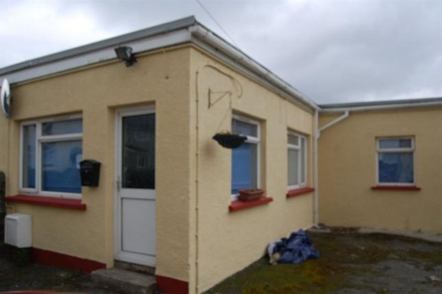 Thumbnail Bungalow to rent in Winch Lane, Haverfordwest